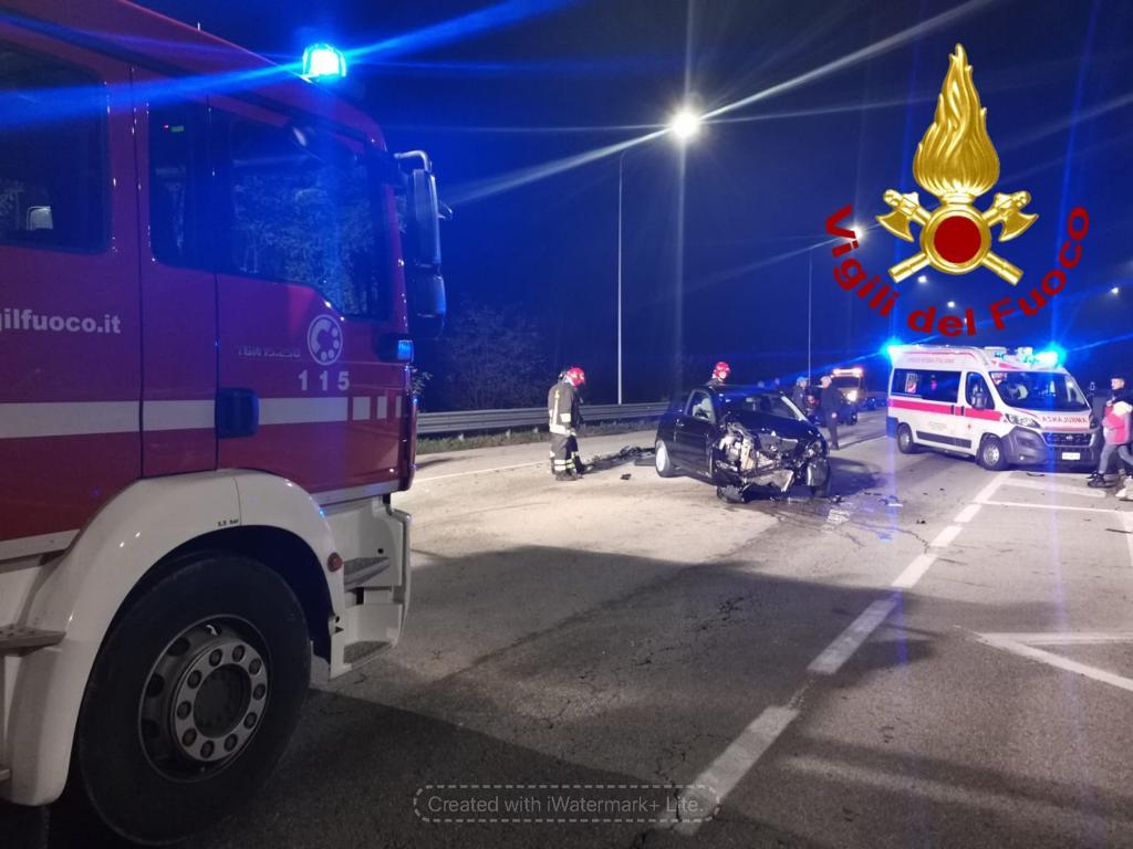 Incidente a Canale: due le auto coinvolte e una ragazza lievemente ferita