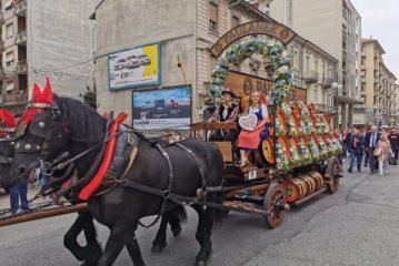 Una grande parata apre l'Oktoberfest di Cuneo: attesi i fuochi alle 22