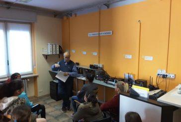 Bra, studenti in visita alla sede della Protezione civile