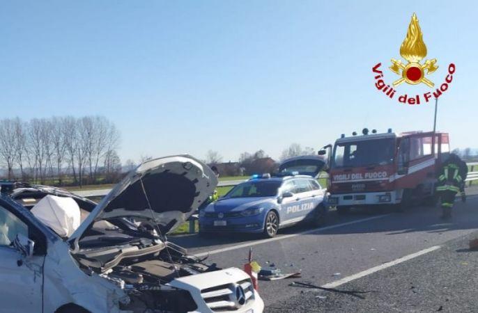 Sale a due il bilancio delle vittime dell'incidente sulla Torino Savona