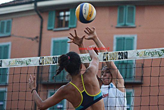 Si organizza un torneo di Beach volley nel mese di luglio