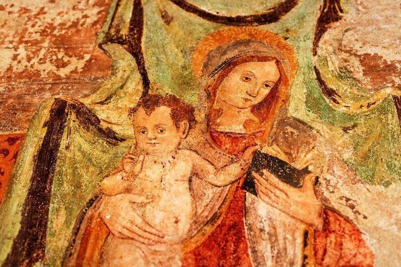 Italia Nostra riscopre gli antichi affreschi ceresolesi