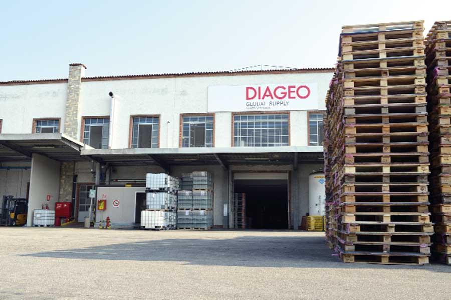 """Nuova produzione alla Diageo: il gin ora è """"made in Piemonte"""""""