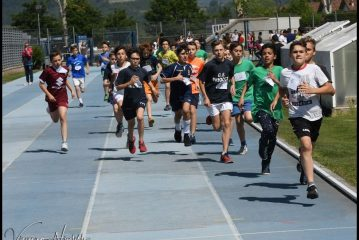 Le scuole albesi scendono in pista. Oltre 100 scatti nella photogallery
