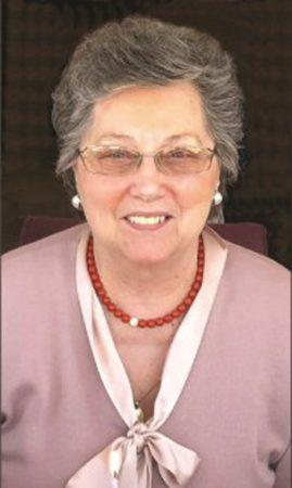 Lunedì a Cinzano i funerali dell'ex maestra elementare stroncata da infarto