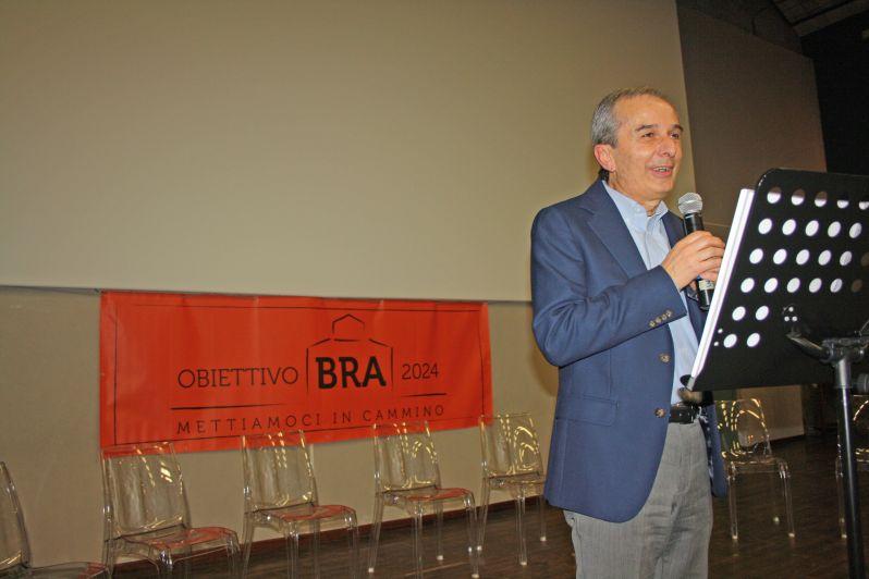 Il candidato a sindaco Fogliato inaugura la sua sede elettorale a Bra