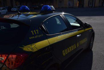 Operazione Natale sicuro, la Guardia di Finanza di Cuneo sequestra oltre 40mila prodotti contraffatti e pericolosi