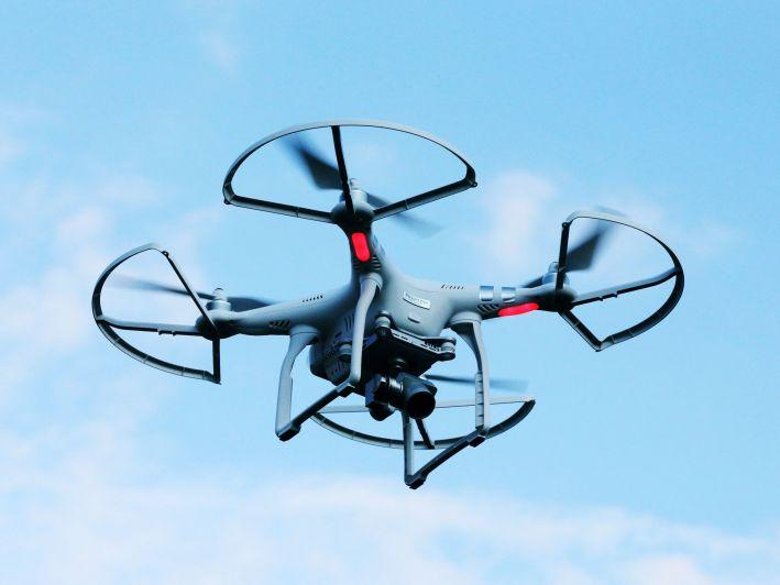 Una serata per un uso consapevole dei droni
