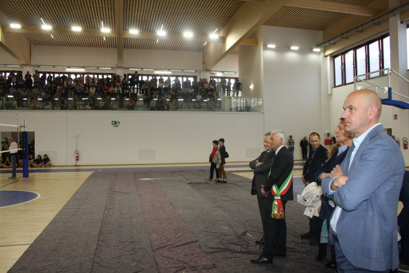 Cherasco ha inaugurato la sua nuova palestra comunale