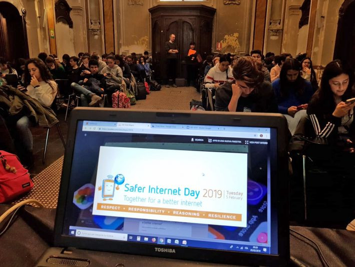 ll «Safer Internet Day» celebrato con questionari e consigli ai liceali di Bra