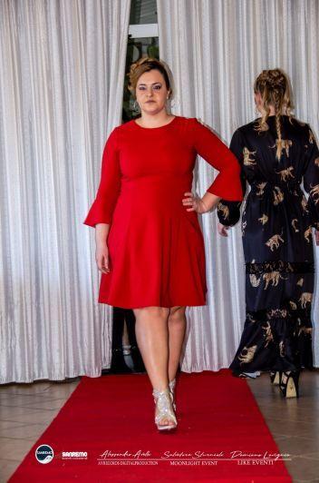 Modella «curvy» ha sfilato a Sanremo