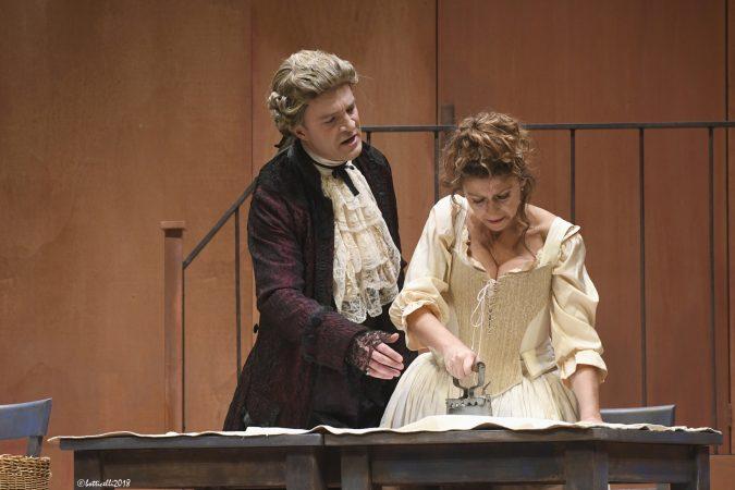 La Locandiera con Amanda Sandrelli ospite al Teatro Sociale di Alba