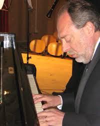 """Il pianista Montanaro al """"Caffè Letterario"""" di Bra"""