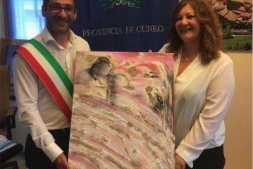 Donato al Comune un quadro dell'artista Daniela Dell'Orto dopo la sua mostra