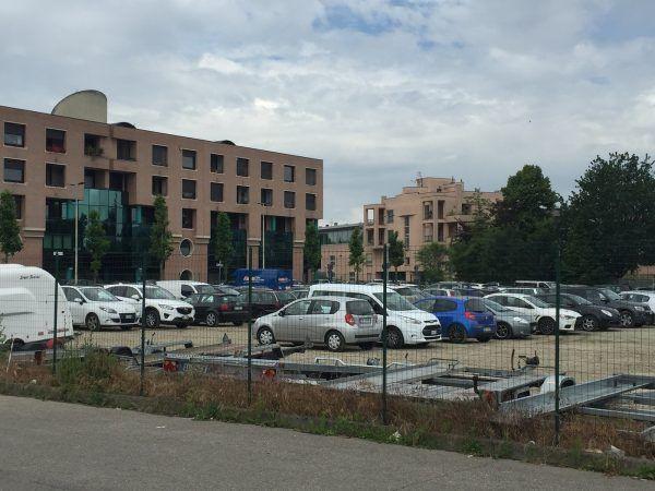 Alba:dal 24 settembreal 26 novembre è possibile parcheggiare nell'area Inail in piazza Prunotto