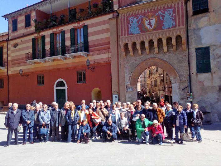 Il Centro d'incontro di Roreto in gita sulla Riviera Ligure