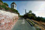 Si allarga un tratto di via delle Chiese a Sanfrè