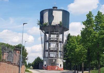 Sommariva del Bosco si appresta a demolire la vecchia torre dell'acquedotto