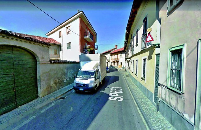 Senso unico alternato da domani in via Vittorio a Sommariva del Bosco