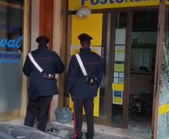 Ultrasessantenni assaltano postamat, arrestati dai Carabinieri