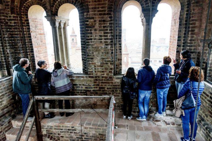 Visita guidata al campanile della Cattedrale 45 metri sopra Alba