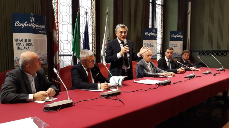 Confartigianato Cuneo – Ecco tutti i premiati della zona di Alba per la loro Fedeltà Associativa