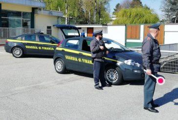 Guardia di Finanza di Cuneo: controlli sulle sigarette elettroniche, sequestri e sanzioni per 250mila euro