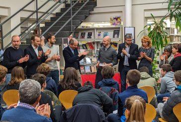 """Bra: Fabio Geda ha inaugurato """"Into the books"""", al via gli incontri per giovani lettori"""