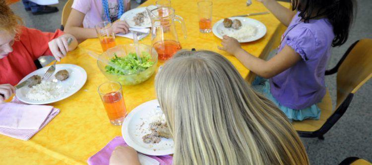 Mense scolastiche: cibo di qualità a Km zero per gli studenti grazie ai produttori agricoli di Coldiretti Cuneo