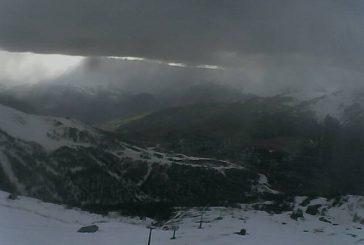 E' giunta la prima neve: 20 centimetri al Sestiere