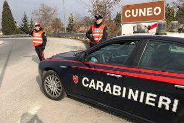 """Cuneo: Arrestato un uomo per una """"spaccata"""" ai danni di un negozio di occhiali"""