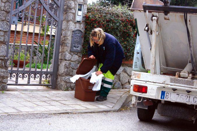 Grinzane Cavour novità nella raccolta dell'umido porta a porta