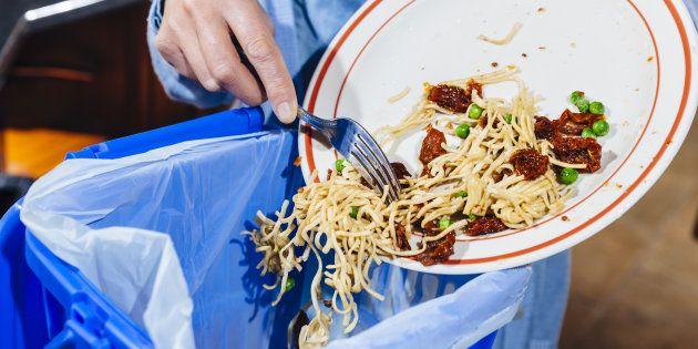 Una serata contro gli sprechi alimentari in sala Fenoglio