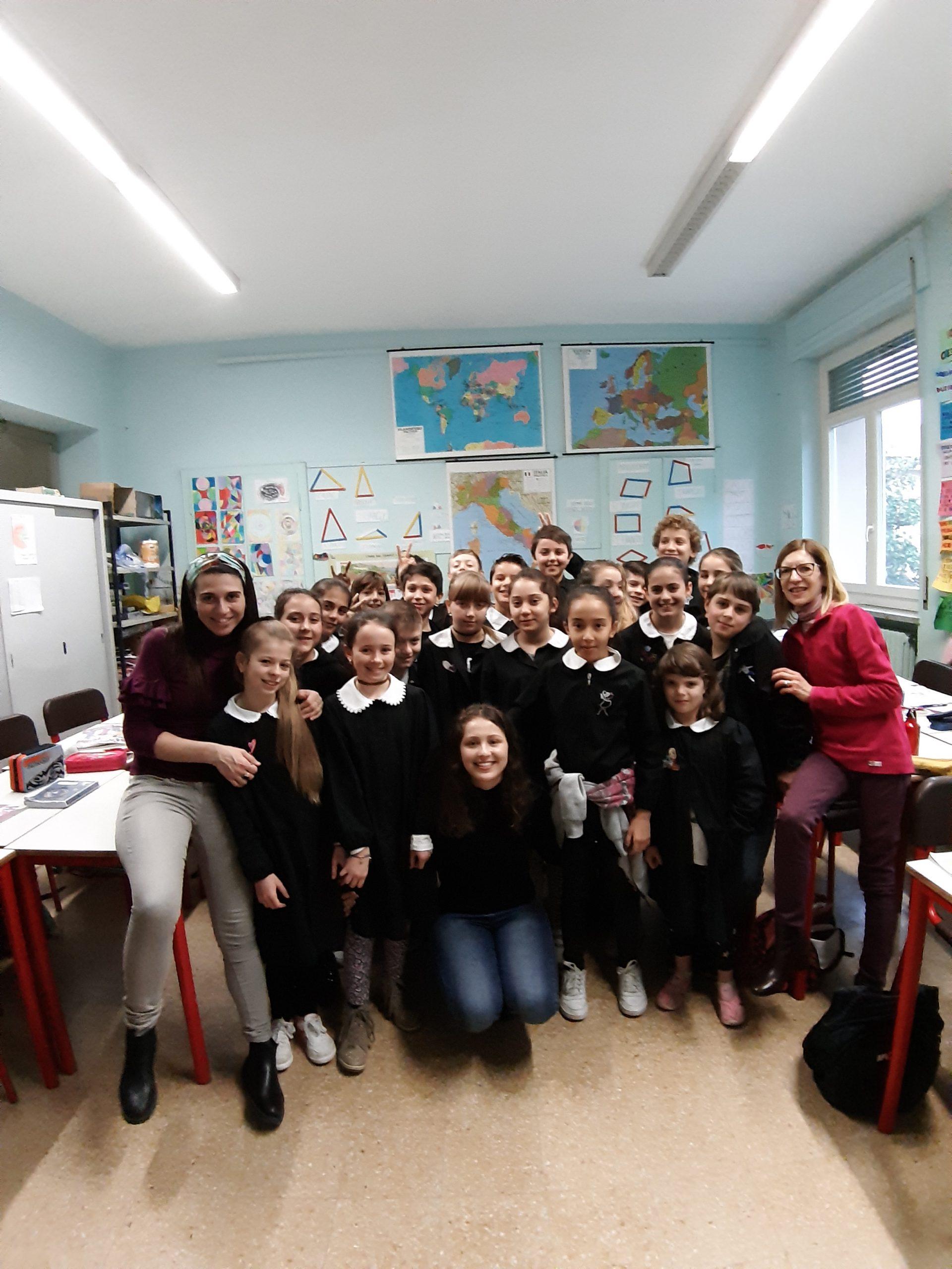 """Nuove esperienze di studio per gli studenti delle classi quinte della scuola media """"Macrino"""" di Alba"""
