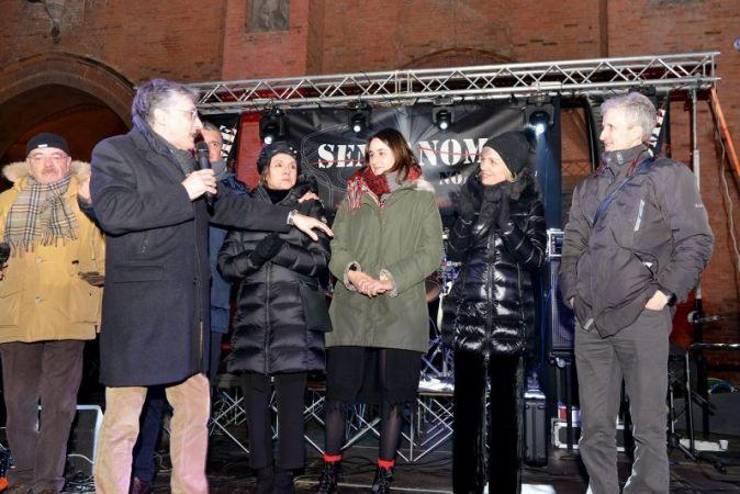 Alba ha atteso il 2020 in piazza tra musica e Nutella party