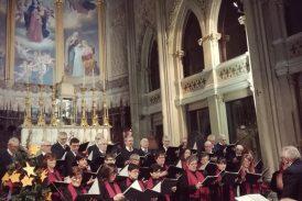 Un coro di auguri sabato sera nella Parrocchia di S. Vittore a Pollenzo