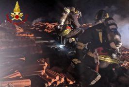 Vigili del Fuoco, canna fumaria a fuoco, paura in abitazione a San Benedetto Belbo
