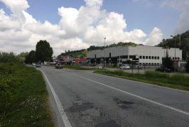 Si sistema la rotatoria sulla provinciale 929 di Vezza d'Alba in località Patarrone