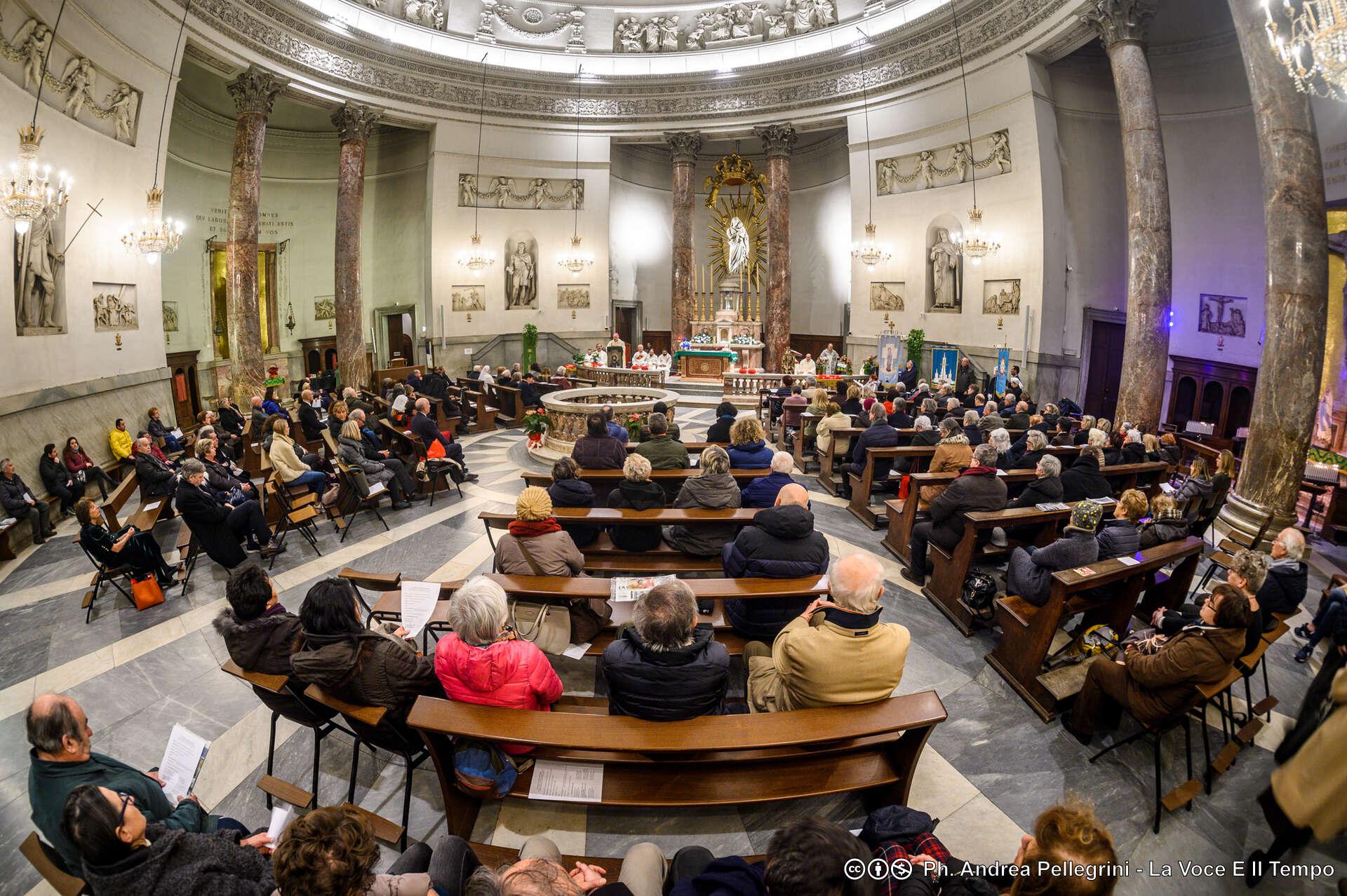 Nuove disposizioni dalla Diocesi di Torino: sospese anche tutte le Sante Messe fino al 29 febbraio