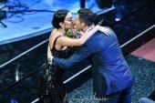 Sanremo 2020: i duetti dominati da Tosca, ma spopola il bacio di Georgina a Cristiano