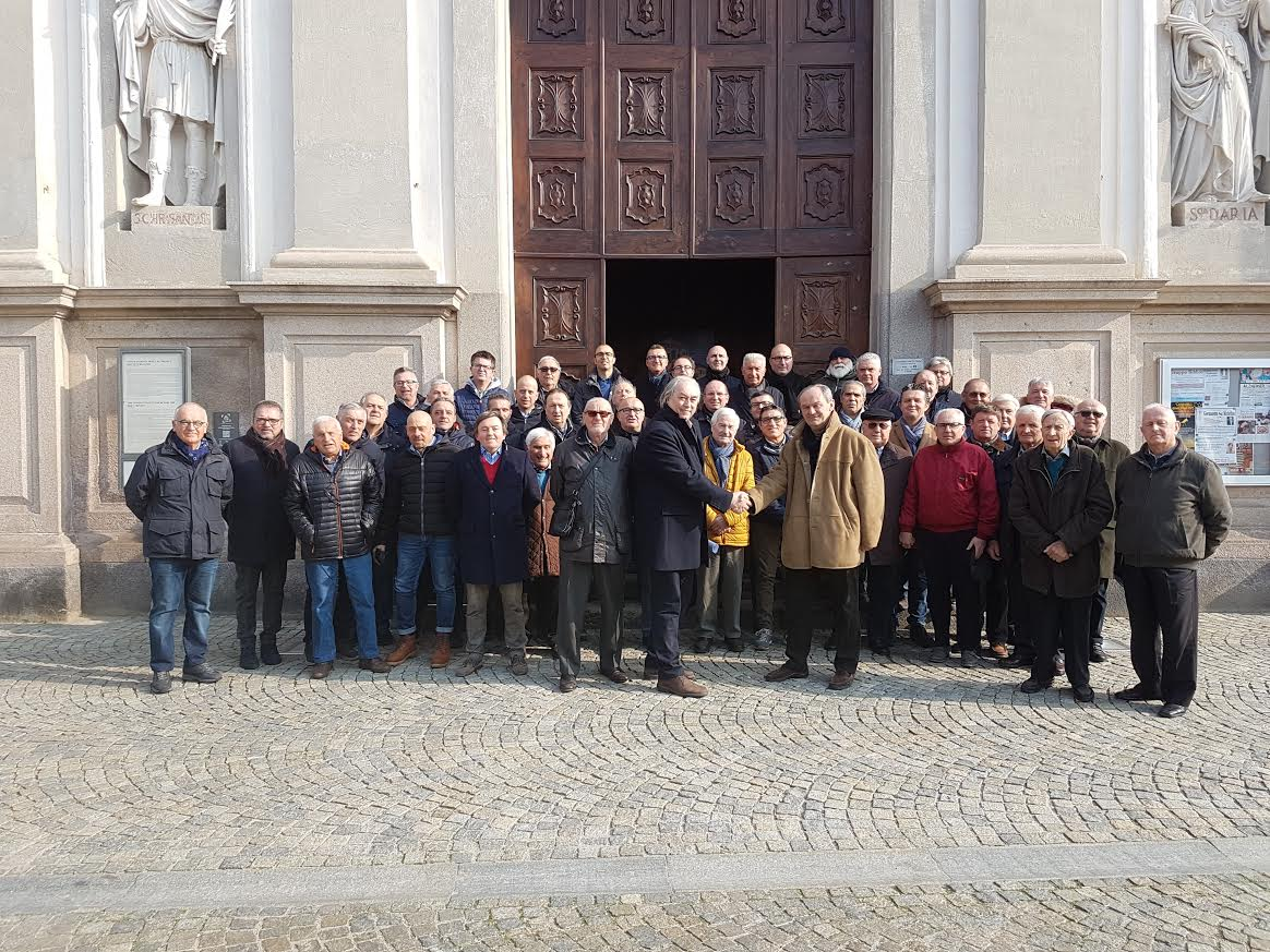 La Confraternita dei Battuti Bianchi di Bra dona 1000 euro alla Fondazione Nuovo Ospedale