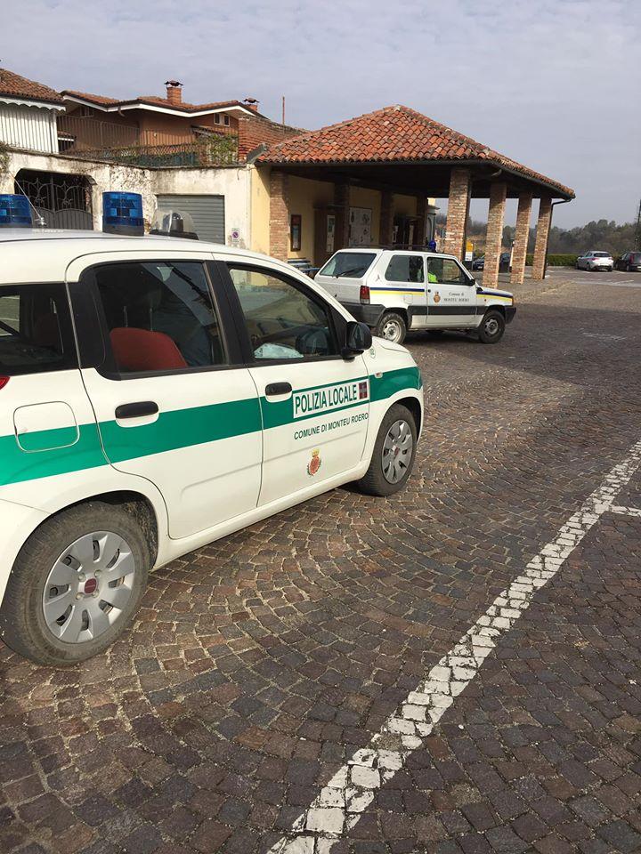 A Monteu Roero si distribuiscono le mascherine alla popolazione