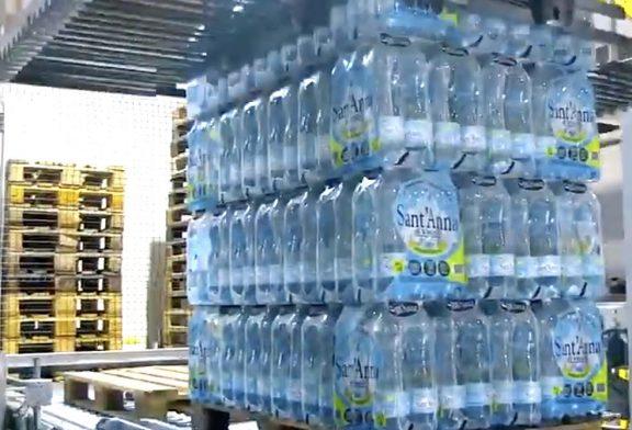 """Dal Gruppo Acqua Sant'Anna migliaiadi bottiglie alla CRI della """"Granda"""""""