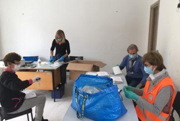 Sommariva Perno: volontari al lavoro per la distribuzione delle mascherine in paese