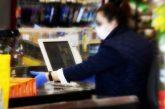 Da mercoledì 8 aprile mascherine e guanti saranno obbligatori per il personale addetto alla vendita
