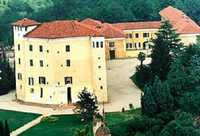 Castelli Aperti: domenica 31 maggio prima apertura della stagione per il parco del castello di Sanfrè