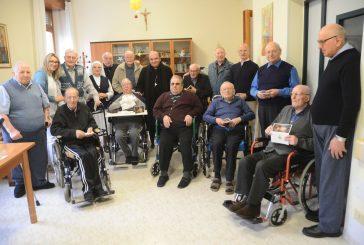 Monsignor Brunetti scrive agli anziani: per noi non siete un peso ma un dono