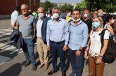 Alba: il sindacoCarlo Boal presidio dei lavoratori coinvolti nella chiusura della Stamperia Miroglio di Govone