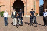 Alba: Egea dona due bici elettriche alla Polizia municipale albese