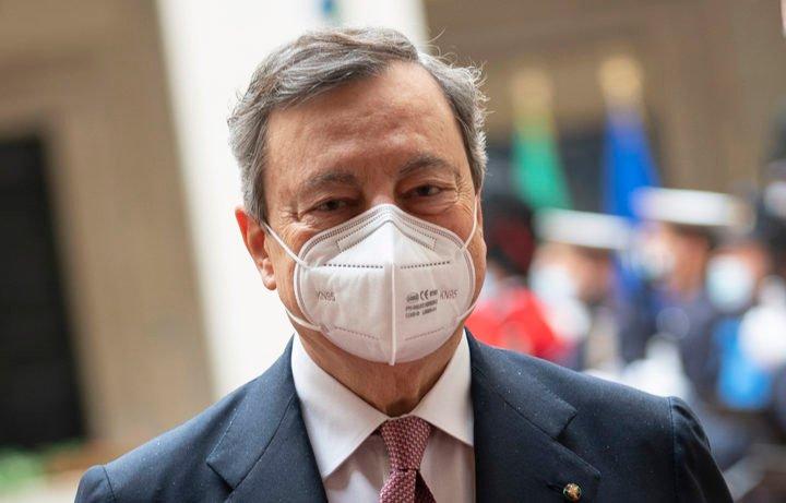 Riapertura scuole fino alla prima media dopo Pasqua: l'annuncio di Draghi